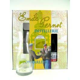Un Emile Set with Decander 45% 70cl